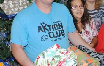 Rosewood AKTION Club Delivers Coloring Books and Blankets To Organizations